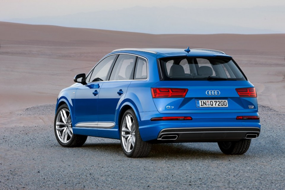 2016 audi q7 launched rear