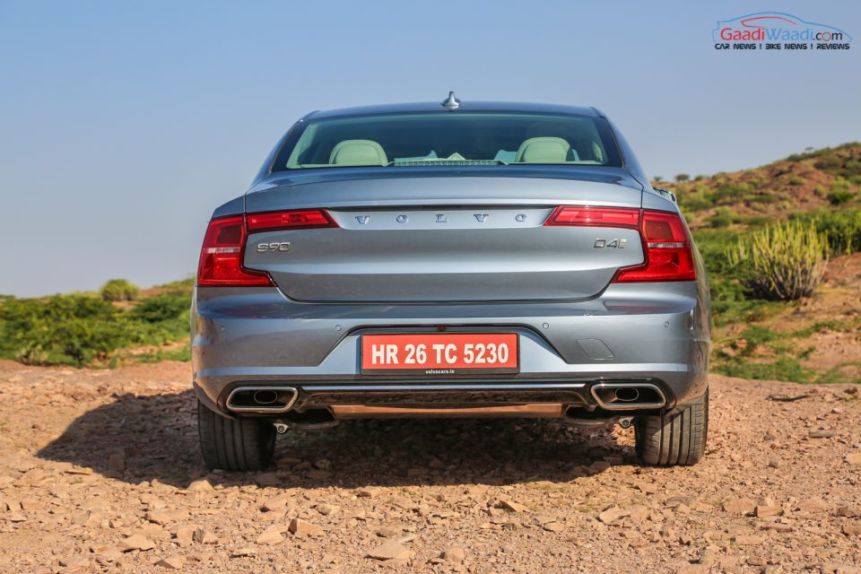 Volvo S90 TEST DRIVE REVIEW INDIA-56