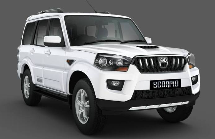 2015-Mahindra-Scorpio-front-corner