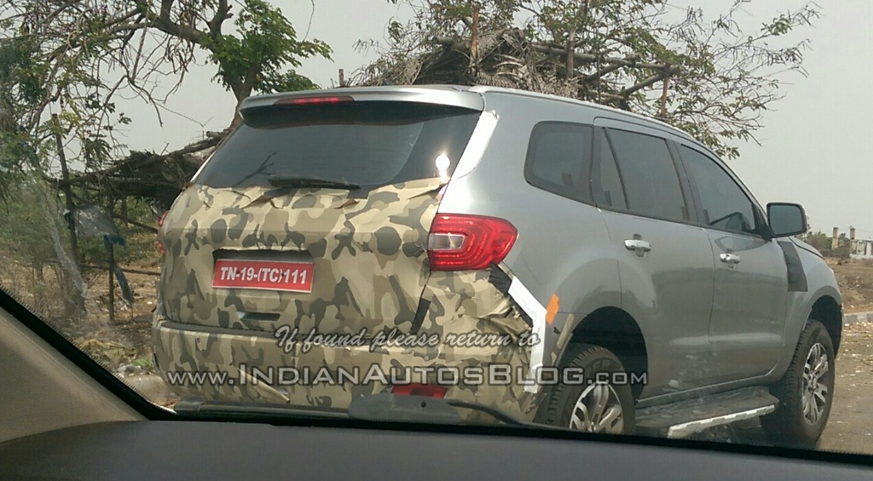 Ford Everest Cool White >> Ford Endeavour 2015 Facelift spied in India