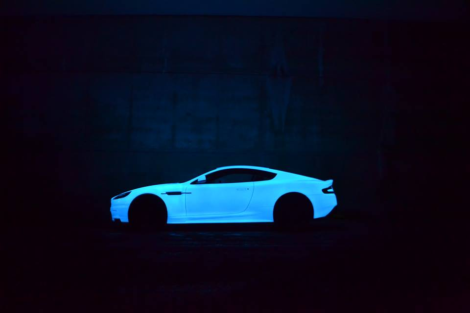 2015 gumball 3000 to get illuminated by glow in the dark aston martin dbs. Black Bedroom Furniture Sets. Home Design Ideas