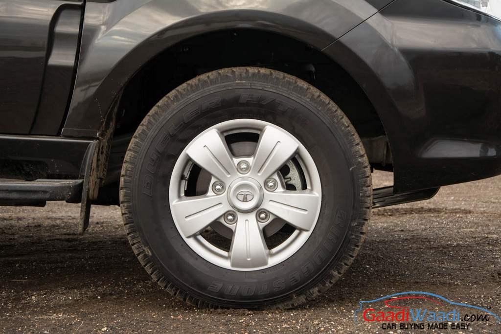 2015 Tata Safari Storme Alloy Wheel