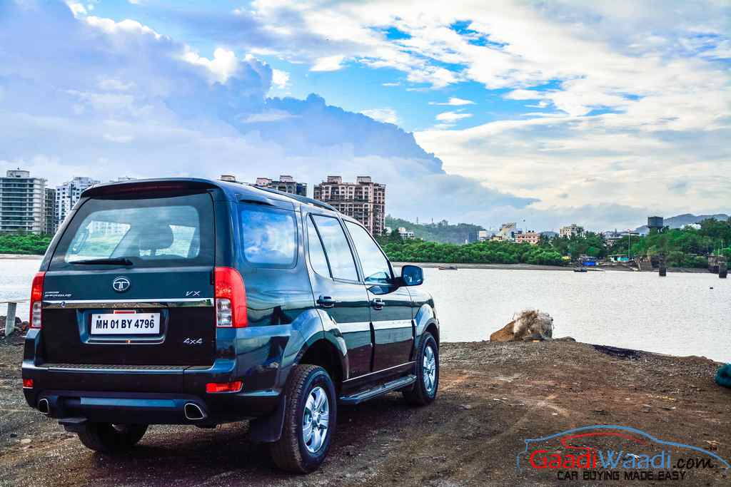 2015 Tata Safari Storme Color