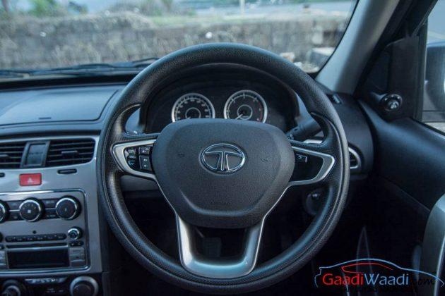 2015 Tata Safari Storme Facelift Steering