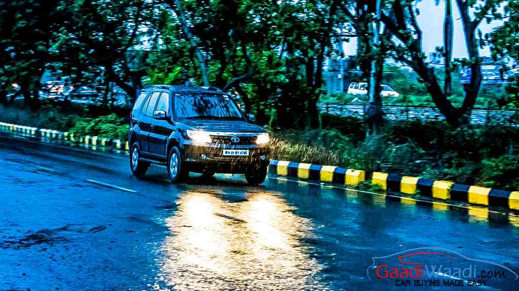 2015 Tata Safari Storme Performance