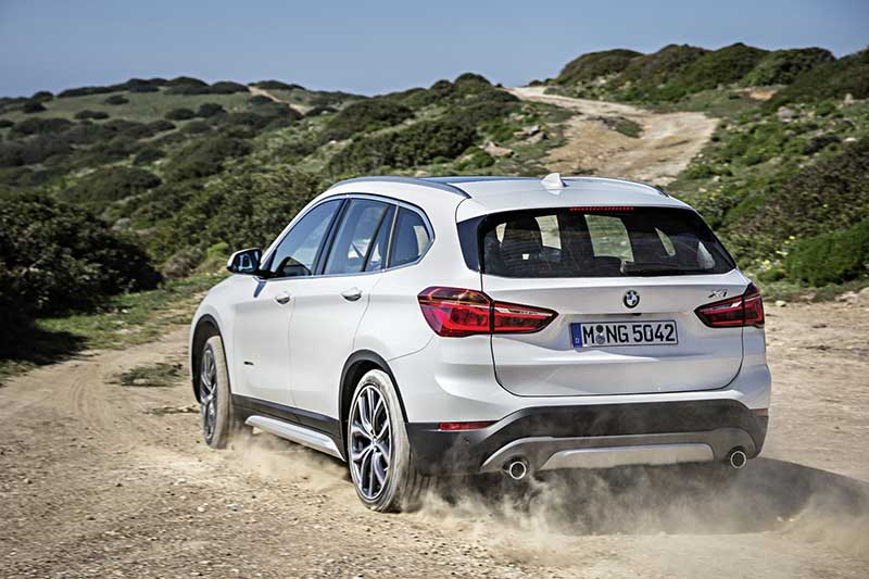 2016-BMW-X1-SUV-rear