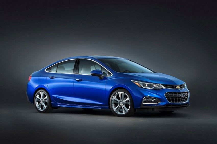 2016 chevrolet cruze side view
