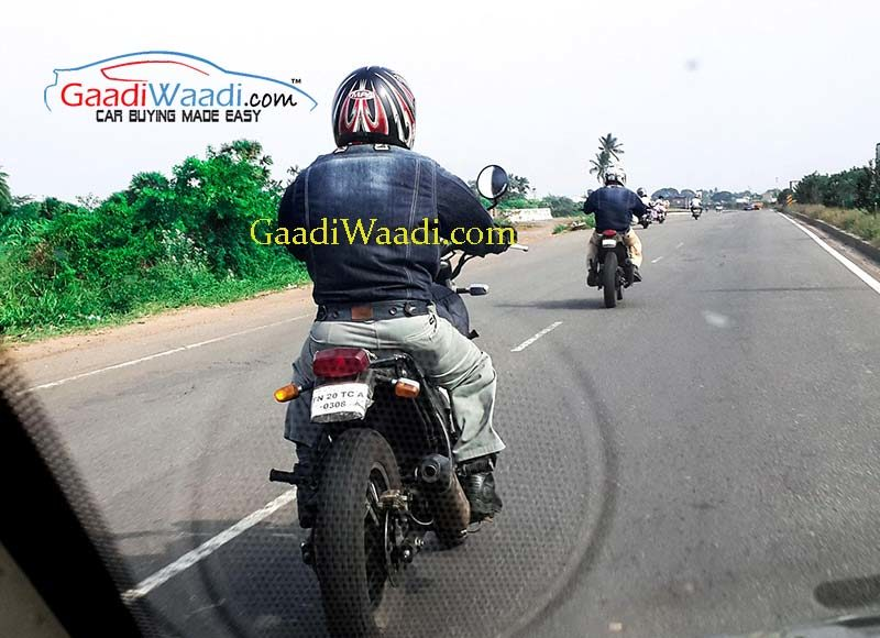 Royal-Enfield-Himalayan-bike-spied