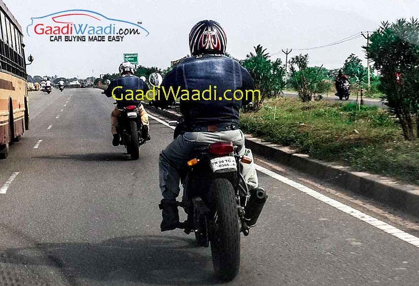 Royal-Enfield-Himalayan-bike-spied-rear