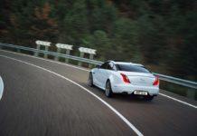 jaguar-xj-2016-rear