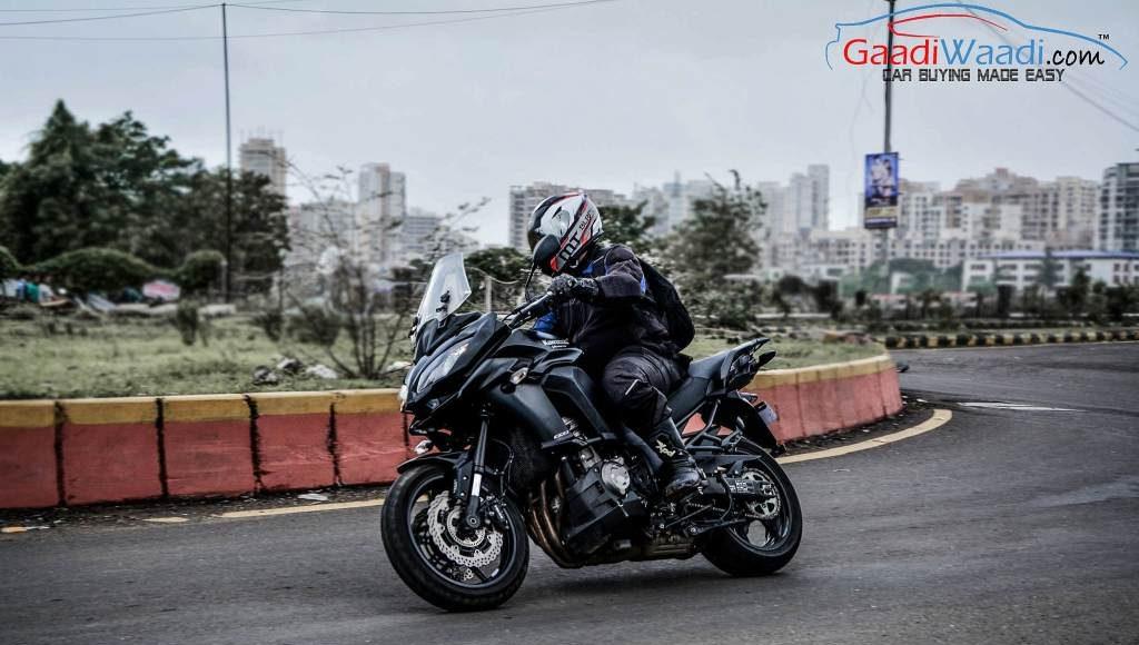 2015 Kawasaki Versys dynamics