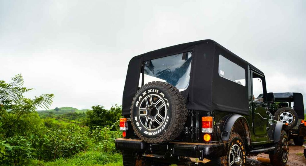 2015 mahindra thar review-rear