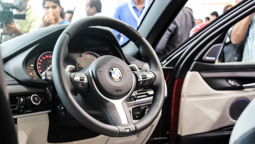 BMW X6M 2016 India M steering