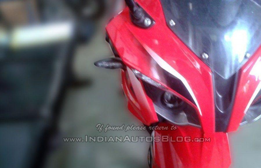 Bajaj Pulsar RS400 headlight