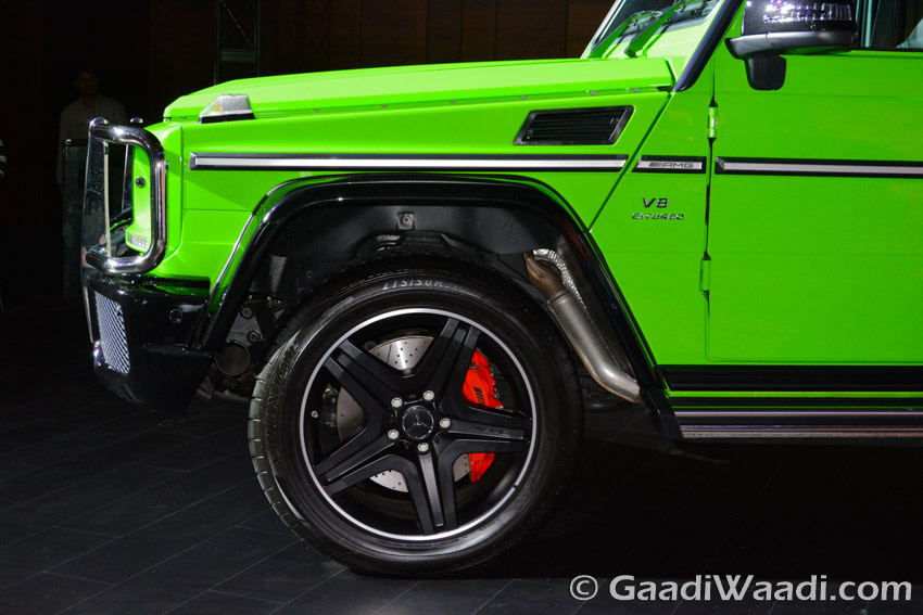 Mercedes-Benz AMG G63 Crazy Colour left alloy