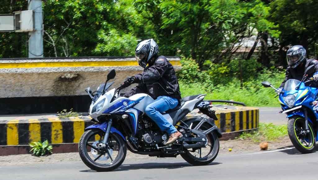 Suzuki Gixxer SF vs Yamaha Fazer Test ride