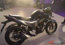 2015 Honda CB 160R Hornet cover