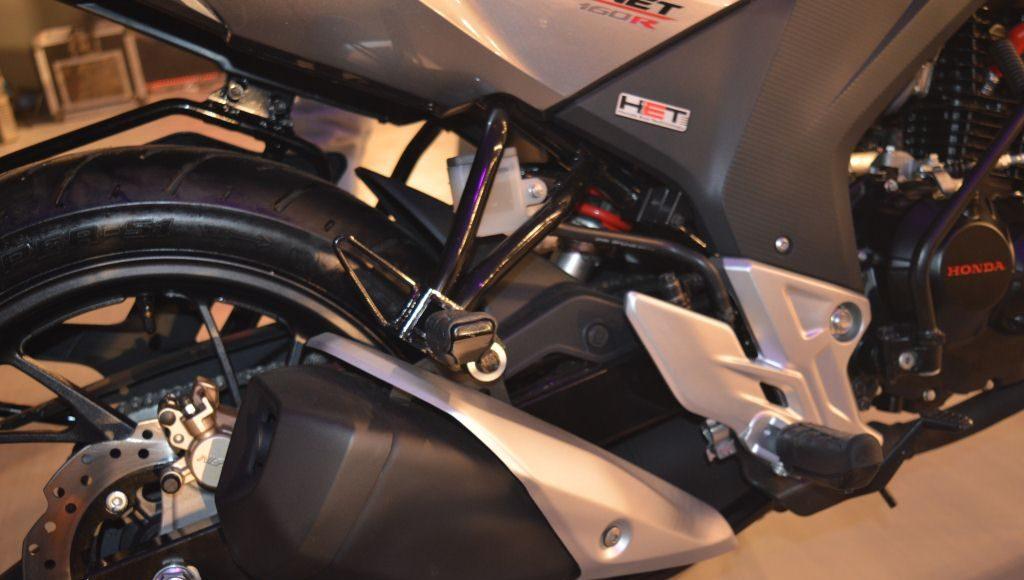 2015 Honda CB 160R Hornet exhaust