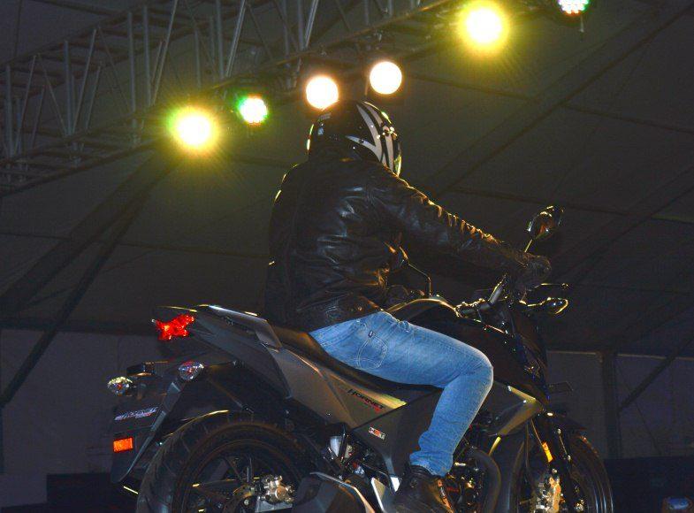 2015 Honda CB 160R Hornet india