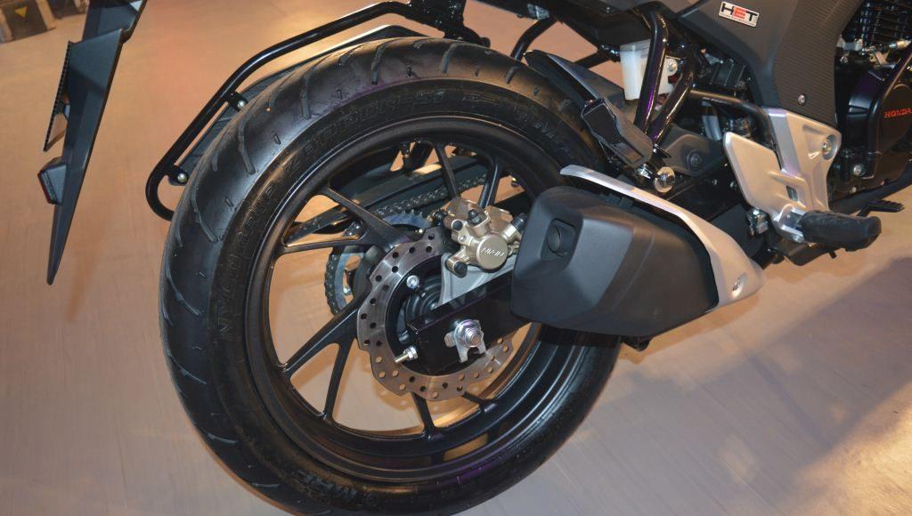 2015 Honda CB 160R Hornet petal disc
