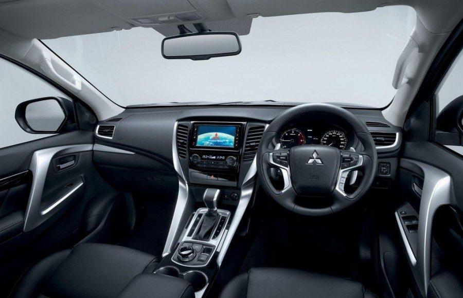 2016-Mitsubishi-Pajero-Sport-interior