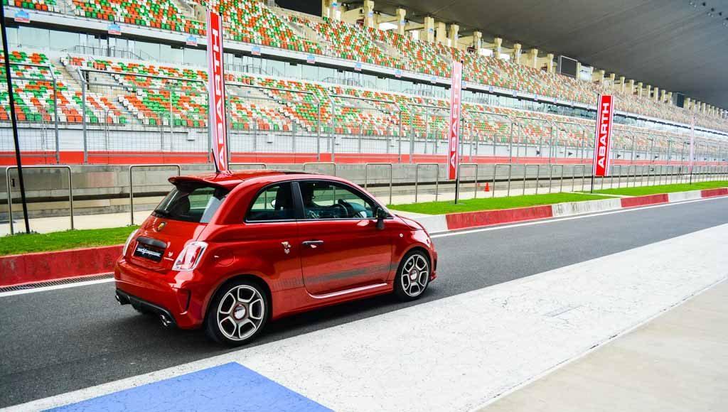 Fiat Abarth 595 Competezione (10)