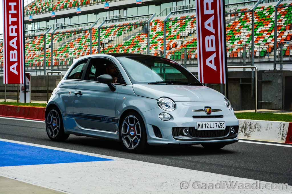 fiat abarth 595 competezione launched in india at. Black Bedroom Furniture Sets. Home Design Ideas