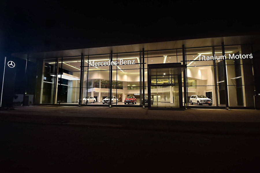 Mercedes benz inaugurates showroom in chennai for Dealership mercedes benz