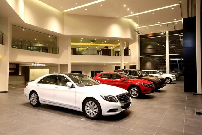 Mercedes benz inaugurates showroom in chennai for Mercedes benz rockville centre service