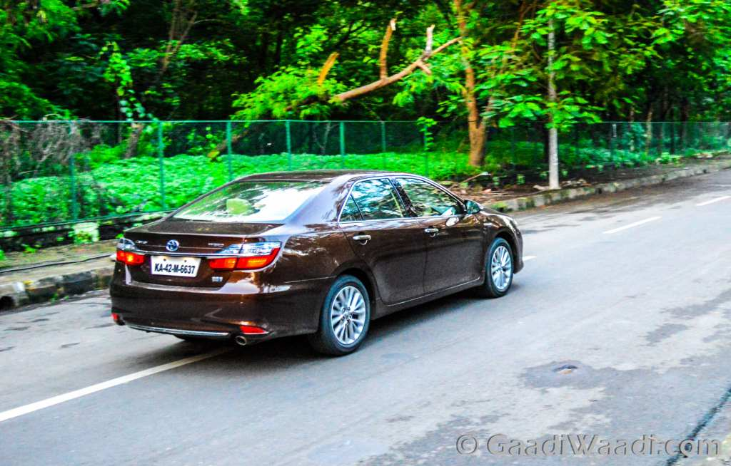 toyota stops camry hybrid production due to gst price hike. Black Bedroom Furniture Sets. Home Design Ideas
