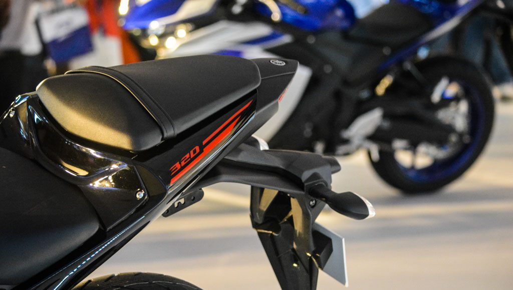 Yamaha R3 Launched at Rs.3.25 lakhs-11