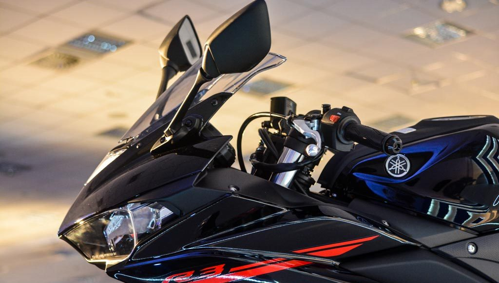 Yamaha R3 Launched at Rs.3.25 lakhs-13