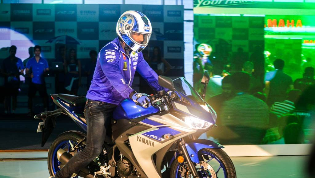Yamaha R3 Launched at Rs.3.25 lakhs-3