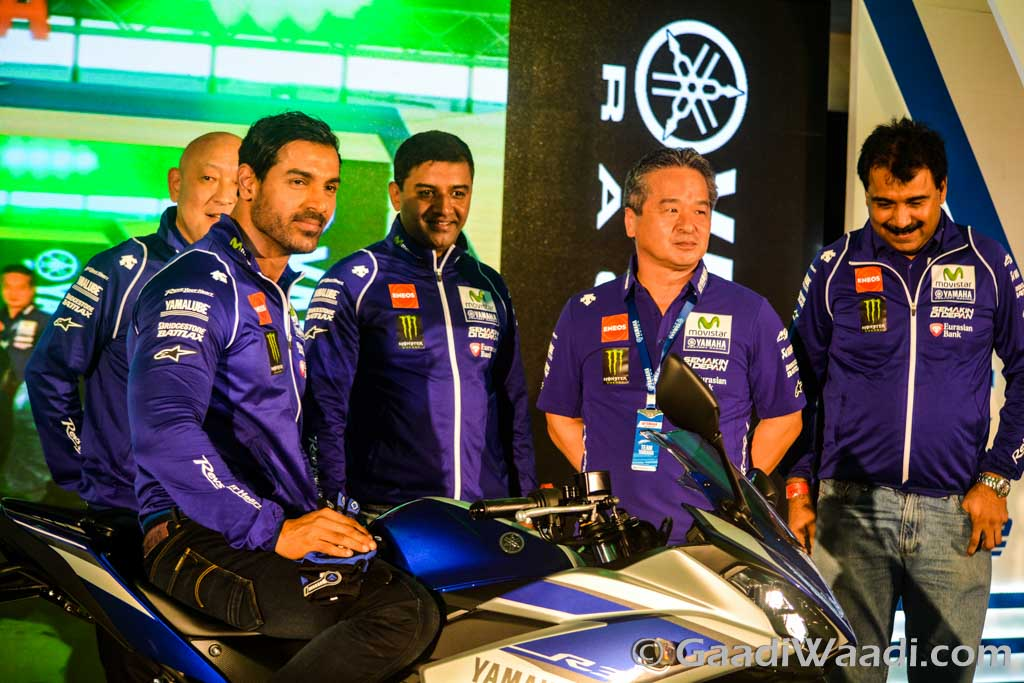 Yamaha R3 Launched at Rs.3.25 lakhs-6