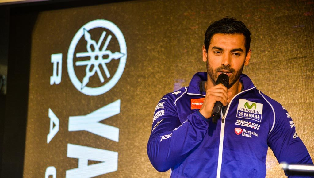 Yamaha R3 Launched at Rs.3.25 lakhs-8