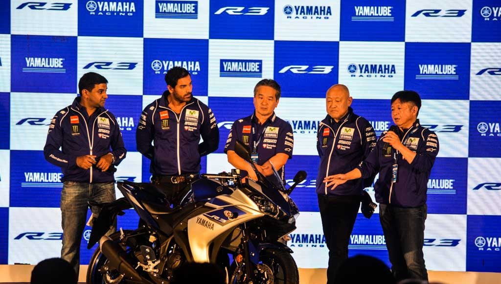 Yamaha R3 Launched at Rs.3.25 lakhs-9