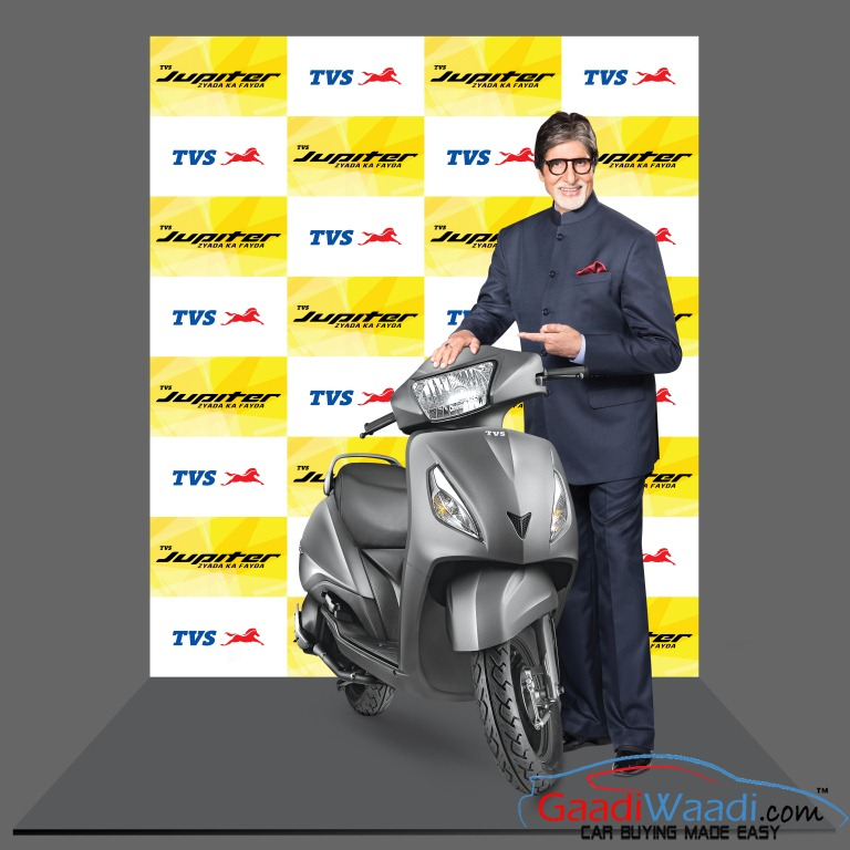 Amitabh Bachchan with TVS Jupiter