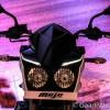 Mahindra Mojo White-Black-12