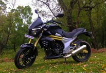 Mahindra Mojo black colour-1