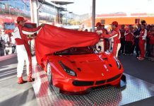 2016 Ferrari 488 GT3 and 488 GTE Race Cars 1