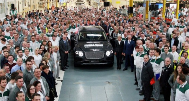 bentayga-production_first-car