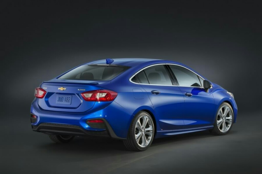 2017 Chevrolet Cruze India Launch Likely At Auto Expo 2018