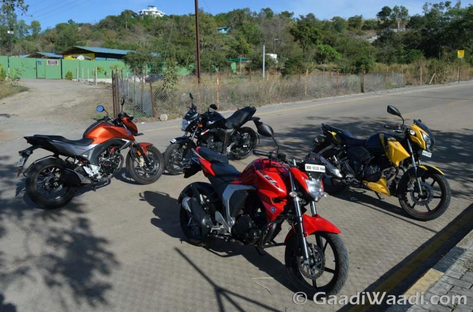 Honda CB Hornet vs Suzuki Gixxer vs TVS Apache vs Yamaha FZ16 (6)