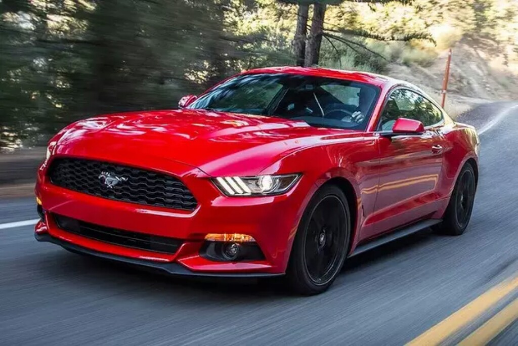 Ford Mustang India Front