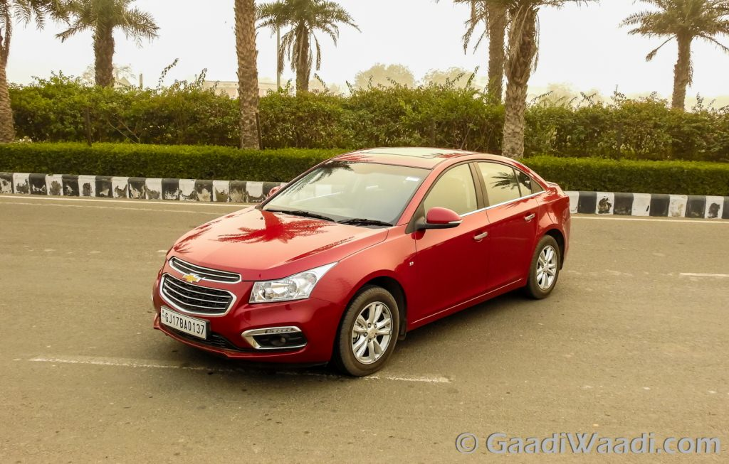 2016 chevrolet cruze facelift launched at rs lakhs. Black Bedroom Furniture Sets. Home Design Ideas