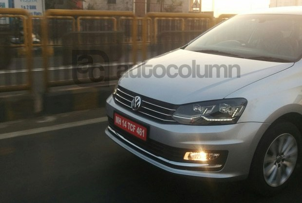 2016 VW Vento front drl