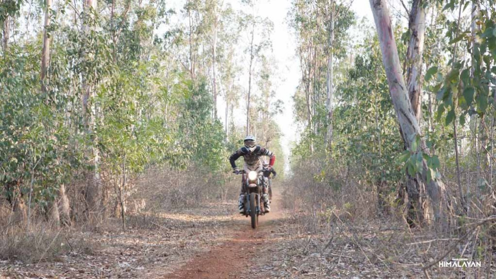 Royal Enfield Himalayan teased in india-5