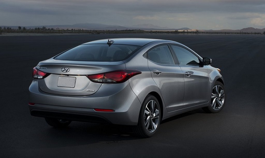2016 Hyundai Elantra Spotted In India