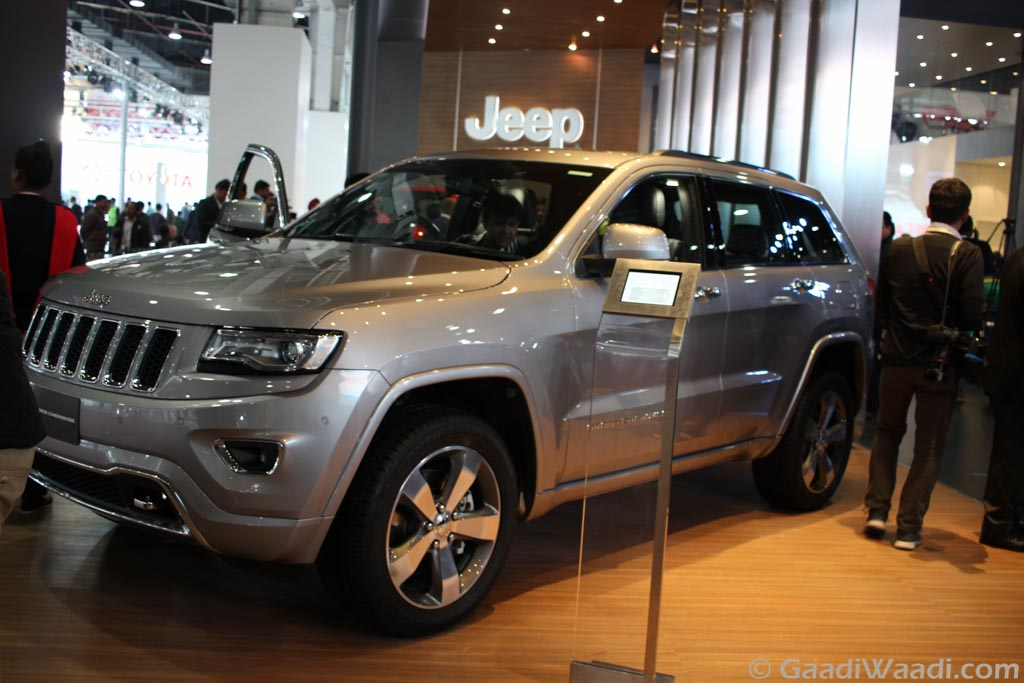 Jeep Grand Cherokee And Srt Showcased At 2016 Delhi Auto