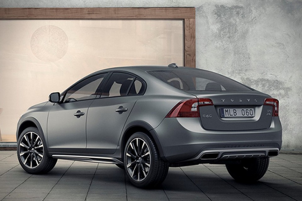 Volvo S60 Cross Country India launch by mid march